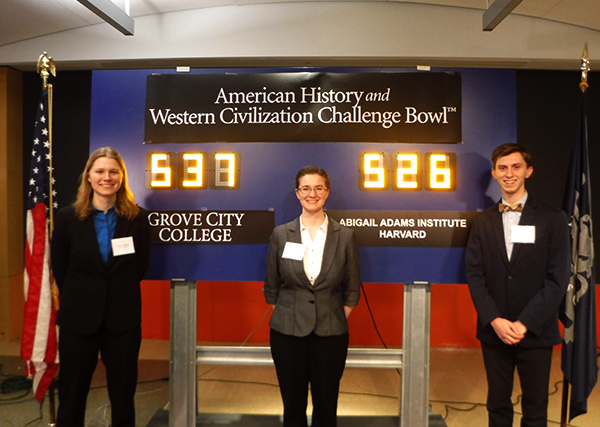 GCC team beats Harvard in American history challenge