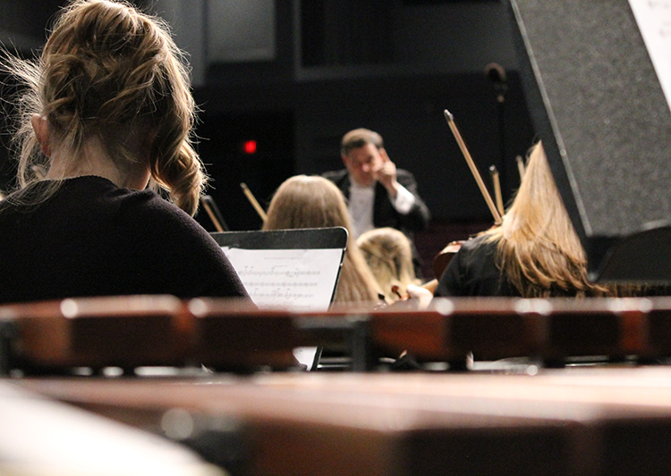 Orchestra concert features Bernstein, Hanson and Hasper